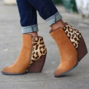 Very Volatile Chatter Leopard CalfHair Booties 8.5